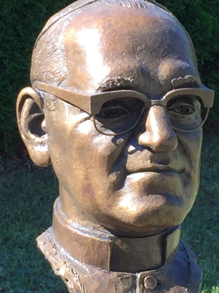 Bronze bust of Oscar Romero