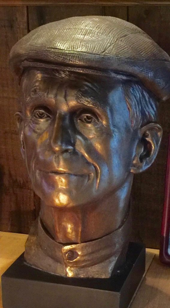 Bronze bust of Daniel Berrigan